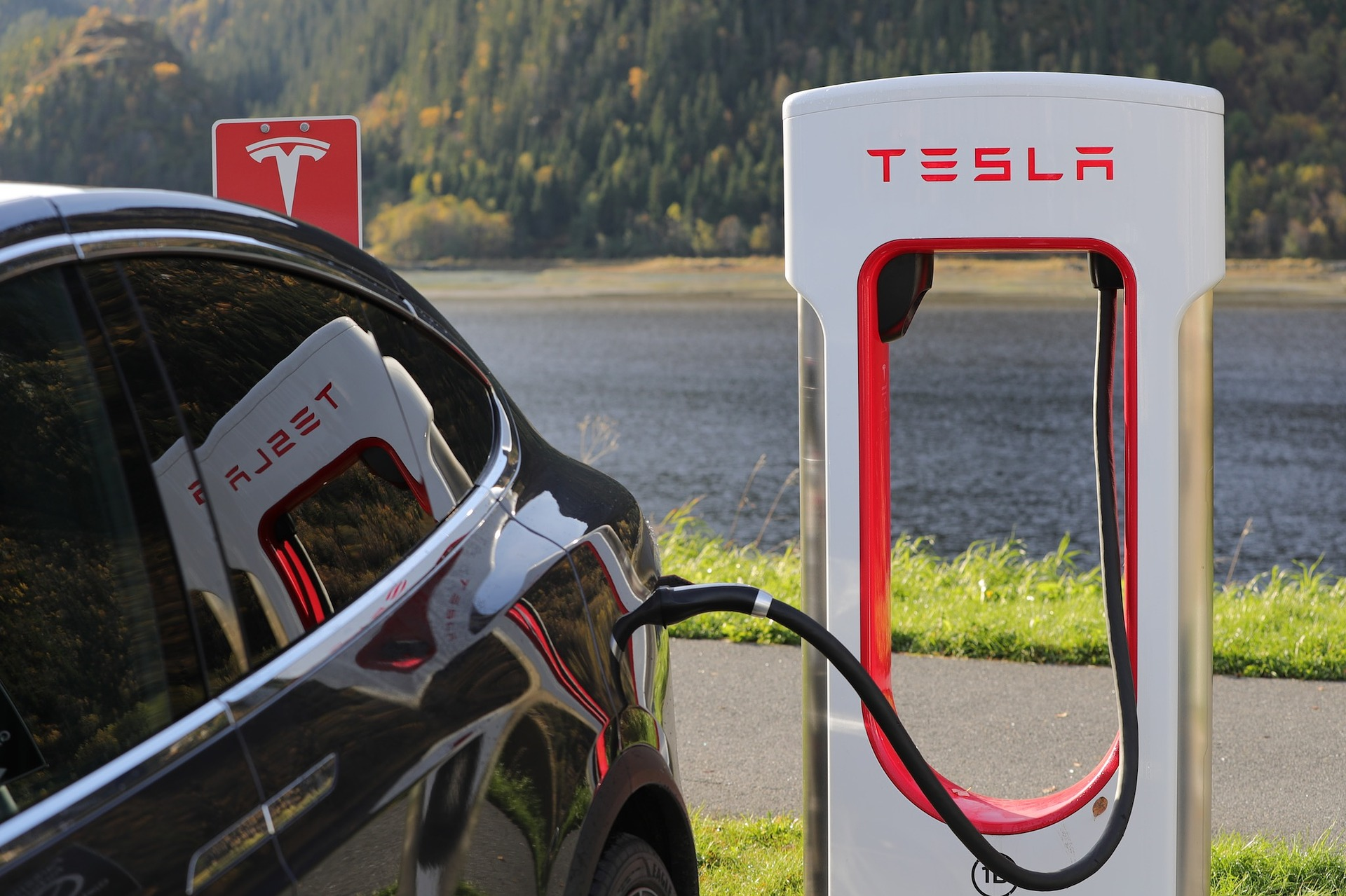 Model S & X laden ab jetzt mit 250 kW am Supercharger (Update)