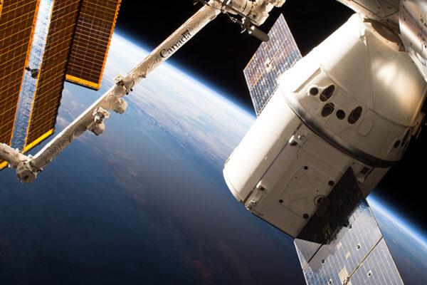 SpaceX bringt 2019 Menschen ins All