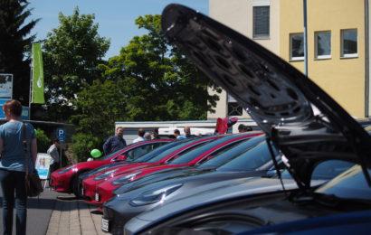 600 E-Fahrzeuge beim M3T
