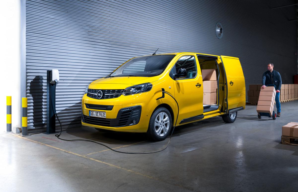 Opel bietet mit Vivaro-e einen vollelektrischen Transporter