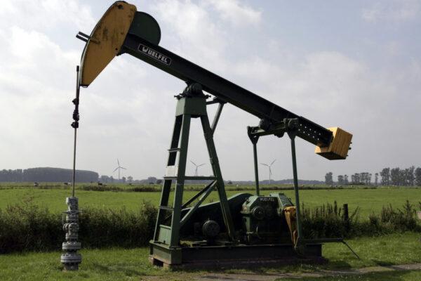 Öl Preis fällt zum ersten Mal ins Negative