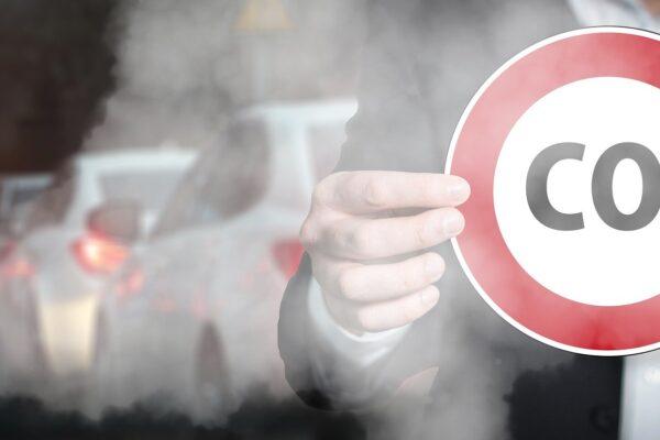 Warnung vor Auflösung von CO₂-Grenzwerten bei Neuwagen