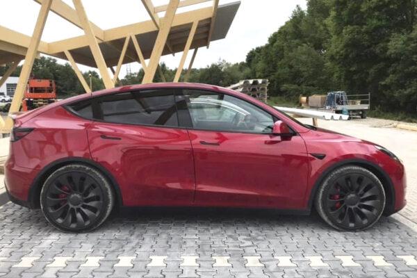 Tesla Model Y nun auch mit Frei-Kilometern
