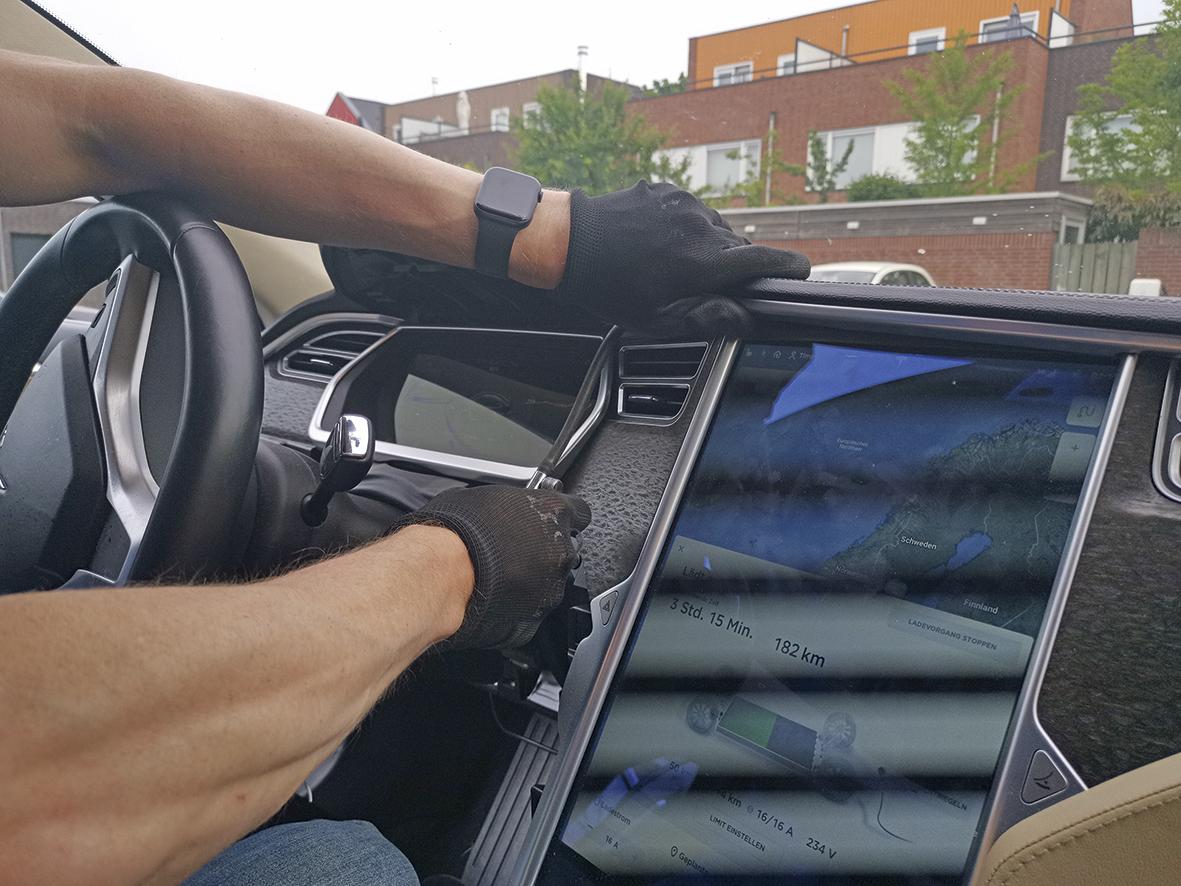 Tesla Lenkradverkleidung