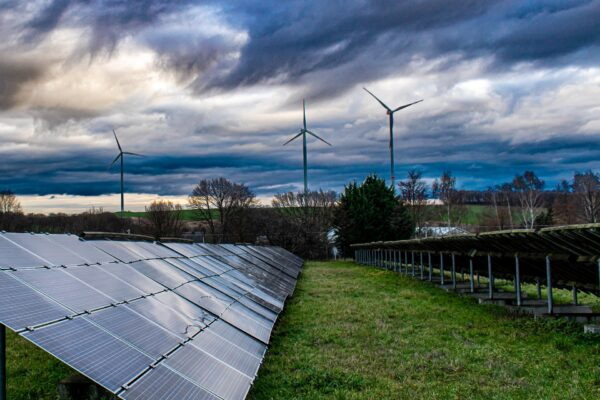 Erneuerbare Energie deckt in Deutschland 46% Stromverbrauch