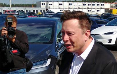 Elon Musk besucht Grünheide – Nachbarn zur Eröffnung eingeladen