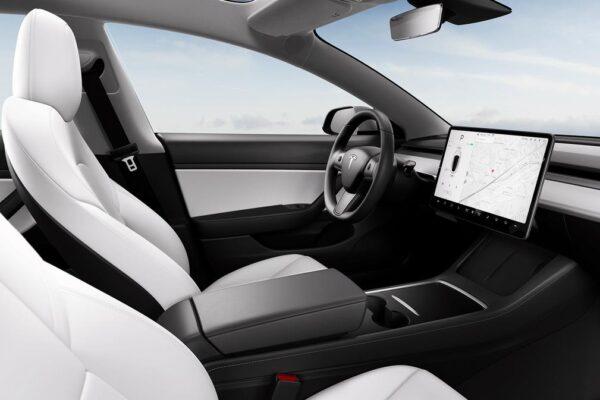 Tesla verblüfft Model 3-Käufer