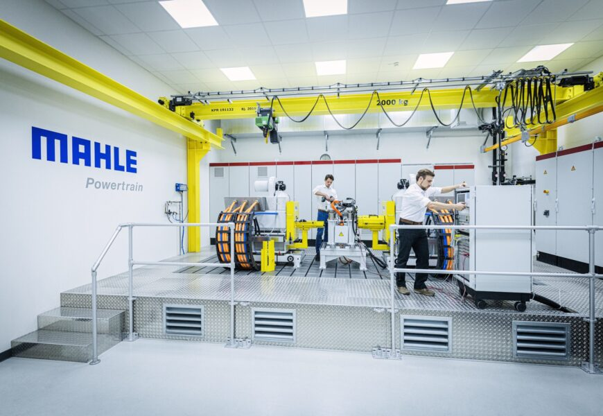 Mahle eröffnet Testanlage für E-Autos in Stuttgart