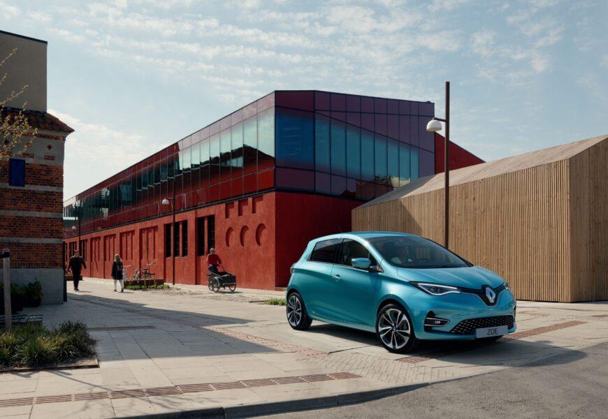 Rekorde bei Elektroauto-Neuzulassungen und Umweltbonus-Anträgen im Oktober