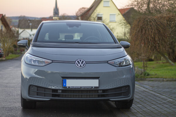 Volkswagen-Konzern verfehlt CO2-Flottenziele, VW und Audi erreichen sie jedoch