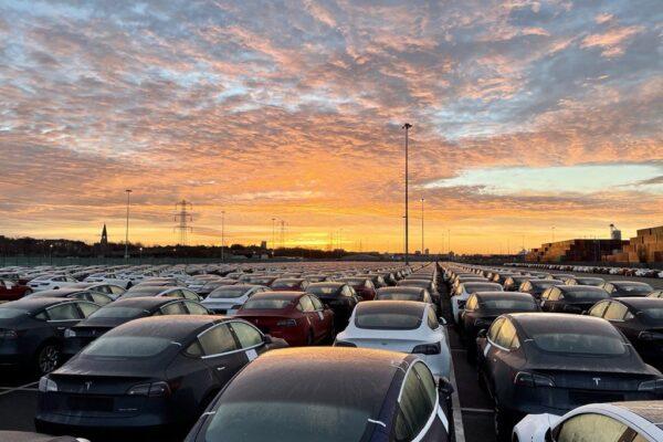 Tesla nächstes Jahr bei 2 Millionen produzierten Fahrzeugen?