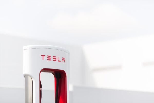Freies Tesla Supercharging in Flutgebieten