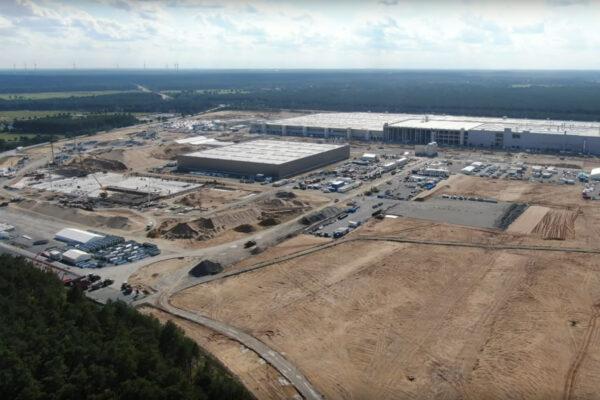Tesla Gigafactory öffnet am 9. Oktober ihre Tore – für einen Jahrmarkt