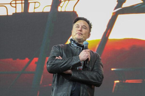 Elon Musk: Cybertruck soll nach Europa kommen